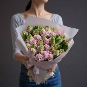 Букет 35 розовых гиацинтов с оформлением R1086